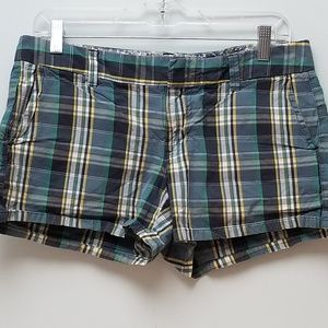 OLD NAVY |  LOW-RISE BLUE PLAID SHORTS, SIZE 6